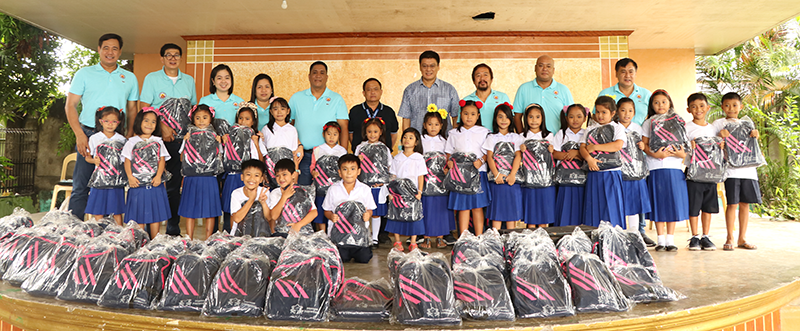 Distribution of School Supplies – Pinacpinacan Elementary School